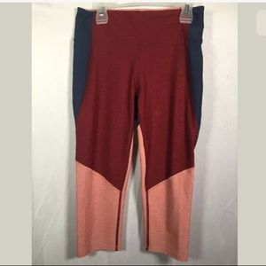 Outdoor Voices try-tone cropped leggings size S